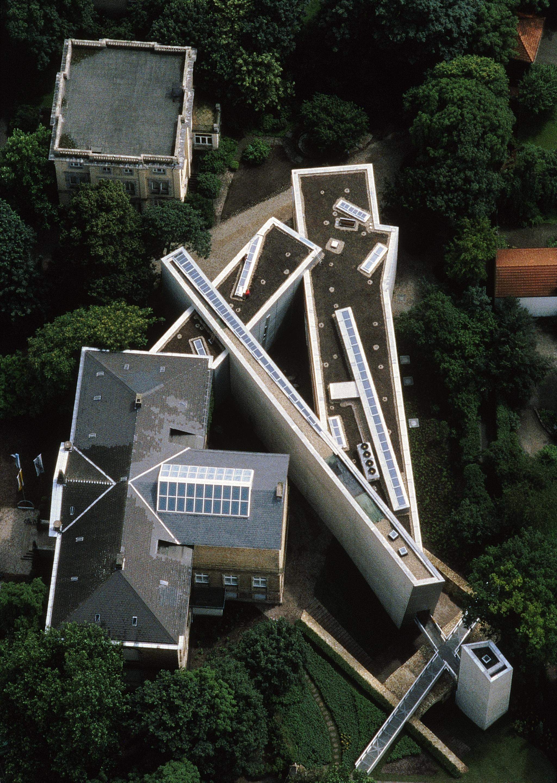 Felix Nussbaum Haus Libeskind