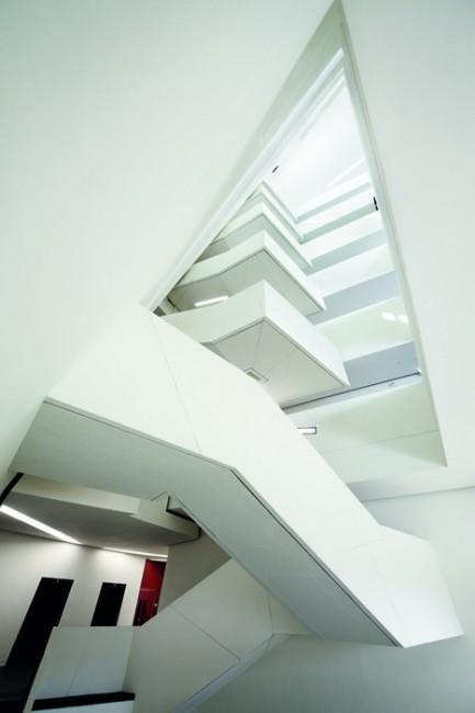 The run run shaw creative media centre libeskind for Architecture design studio pty ltd