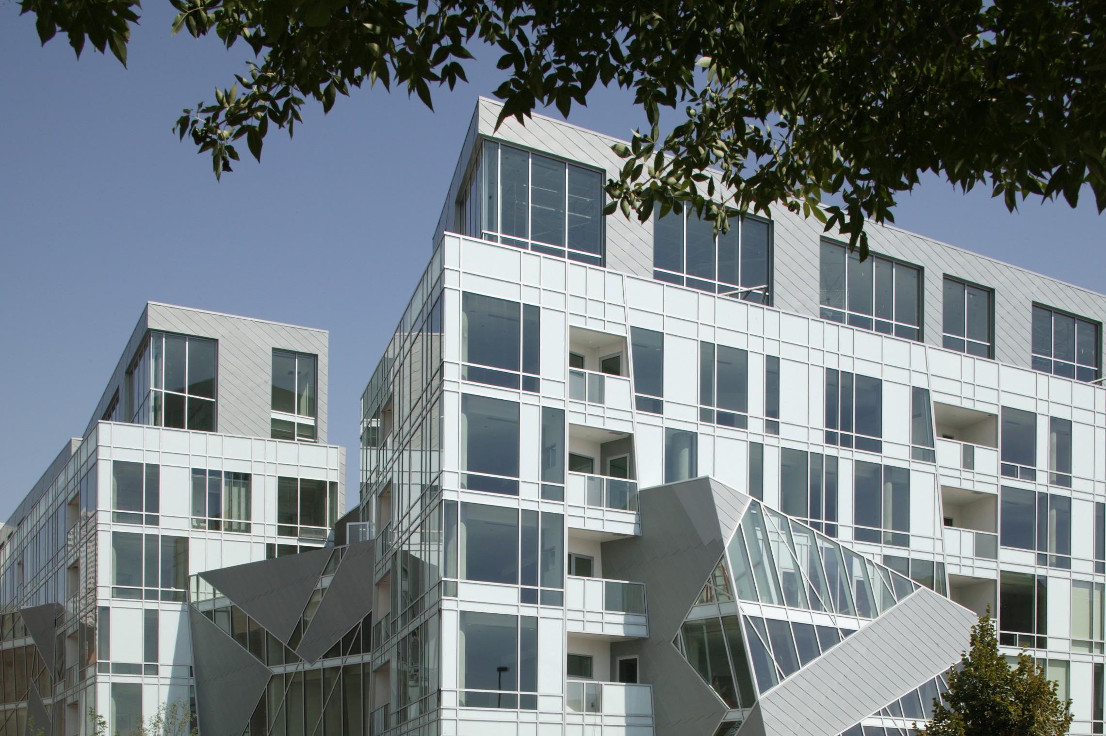 Denver Art Museum Residences , Libeskind